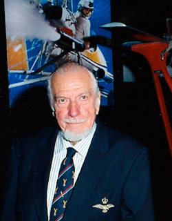 Wing Commander Ken Wallis (1916-2013)